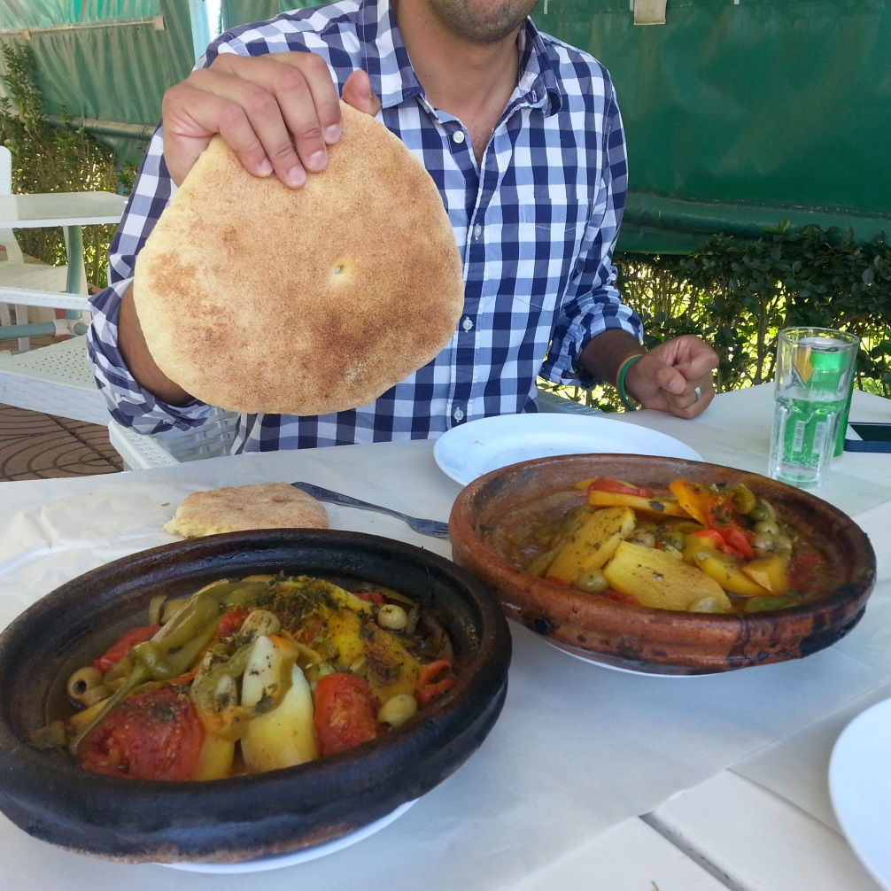 The delicious Moroccan tagine we had for lunch while travelling to the research station of Annoceur.
